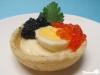 Croustades mit Wachteleiern, Kaviar und Kerbel