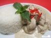 Hähnchen in scharfer Kokos-Ingwer-Sauce