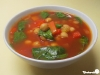 Paprika-Kichererbsen-Suppe mit Spinat