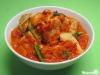 Pfannengerührter Tofu- mit Chili-Relish und Cashewkernen