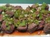 Steakhappen mit japanischem Gemüse