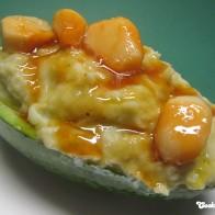 Avocado-Kartoffelpüree mit Knoblauchkaramell