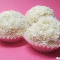 Marshmallow-Haferflocken-Kokos-Bällchen