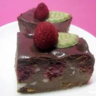 Himbeer-Macadamia-Brownies
