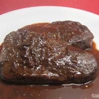 Rinderfilet mit Schokoladen-Chili-Sauce